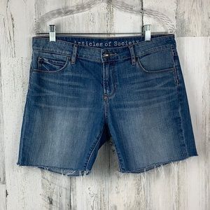 ARTICLES OF SOCIETY CUTOFF FRAYED HEM SHORTS